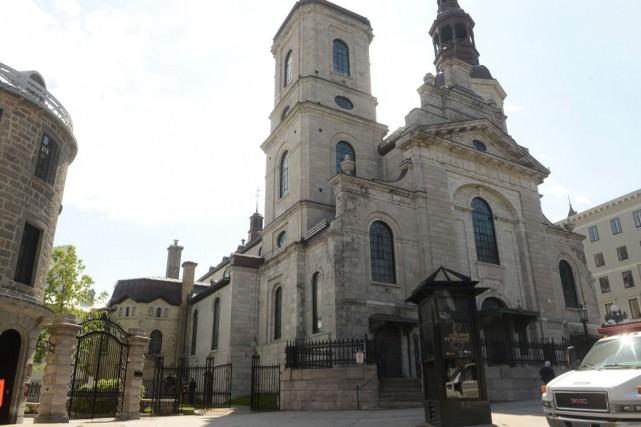 La basilique-cathédrale Notre-Dame de Québec fait partie du... (Photothèque Le Soleil, Patrice Laroche)