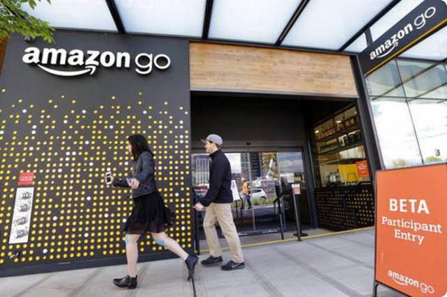 Le géant Amazon a déjà commencé à envahir... (Associated Press)