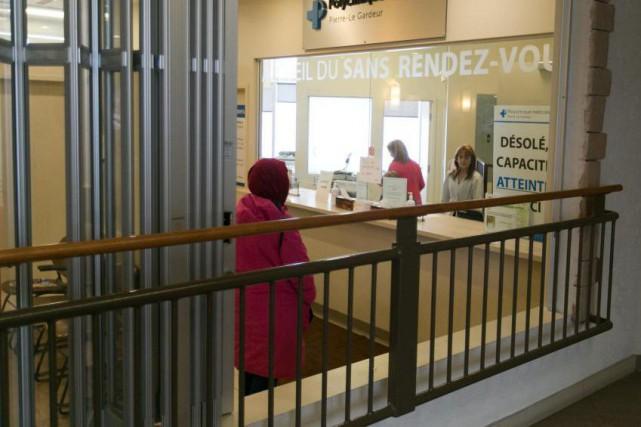 Le commerce de Bonjour-Santé qui offre ses services... (Photo François Roy, Archives La Presse)