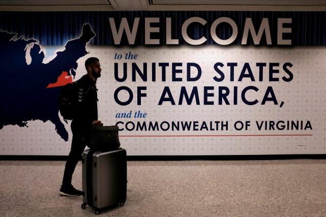 L'impact sur les aéroports devrait être limité, prévoient... (PHOTO REUTERS)