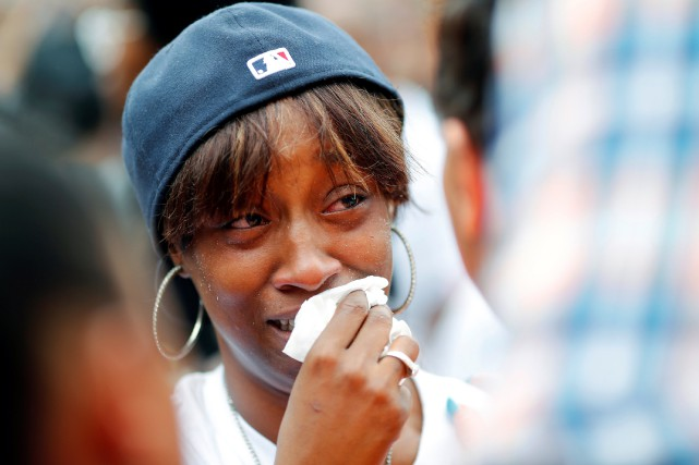 La copine de Philando Castile, Diamond Reynolds, essuie... (PHOTO REUTERS)