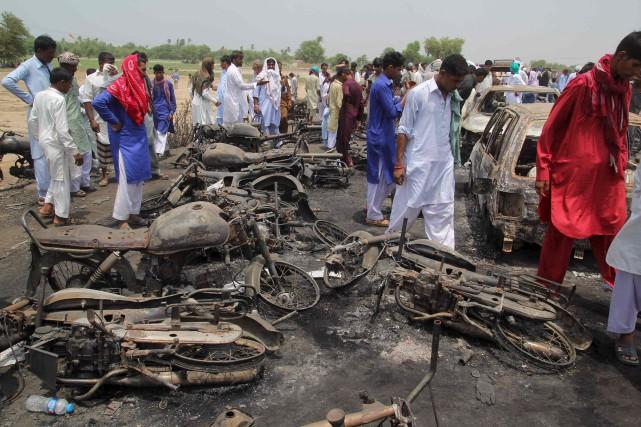 Le premier ministre pakistanais a promis une enquête... (AFP, SS Mirza)