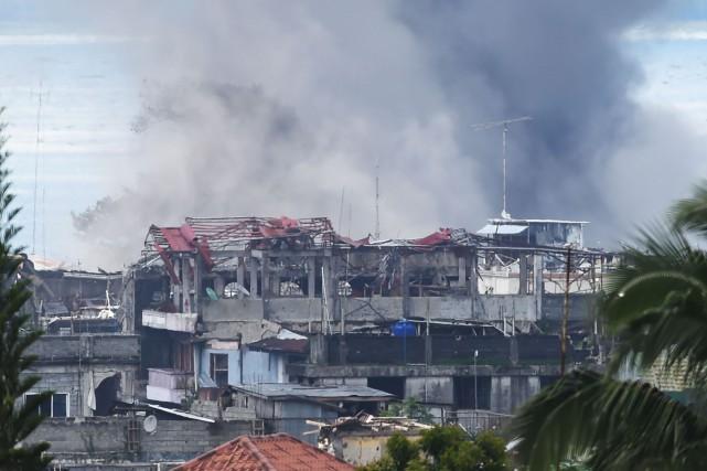 Marawi est la cible des djihadistes depuis plusieurs... (Photo Ted Aljibe, Agence France-Presse)