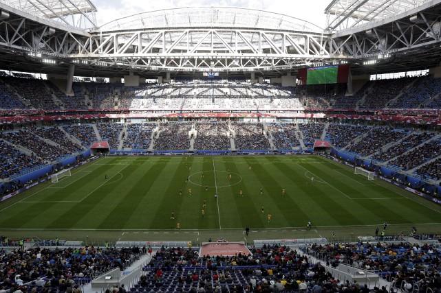 Les responsables russes estiment que leur Coupe du... (AP, Dmitri Lovetsky)