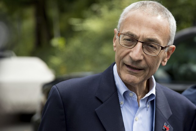 John Podesta... (PHOTO ARCHIVES AP)