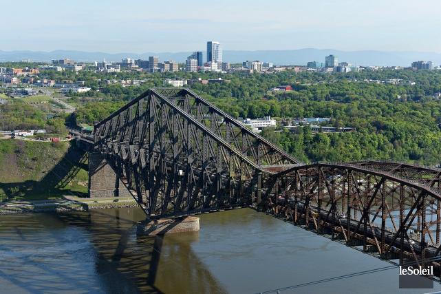 Le 100e anniversaire du pont de Québec sera... (Photothèque Le Soleil, Patrice Laroche)