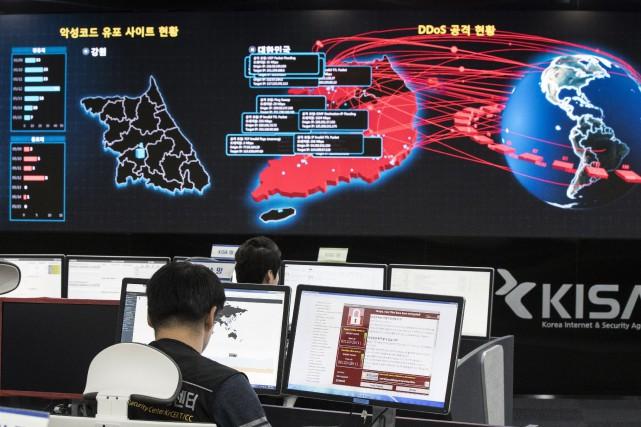 Le virus, qui a notamment affecté les contrôles... (Photo Yun Dong-jin/Yonhap via AP)