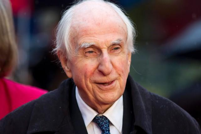 L'écrivain britannique Michael Bond, créateur du célèbre ours Paddington, icône... (archives AFP)