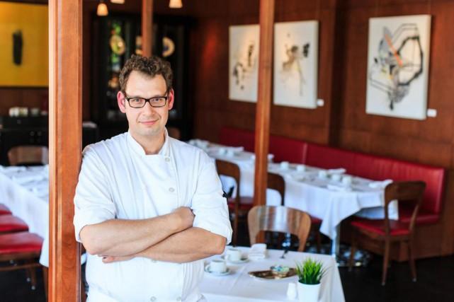 Jean Legault, chef pâtissier au Restaurant de l'Institut... (Photo Edouard Plante-Fréchette, La Presse)