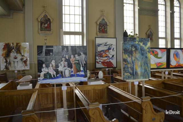 L'église Sainte-Angélique à Papineauville se transforme est véritable... (Benoit Sabourin, Le Droit)