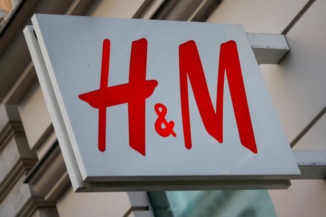 Le géant du prêt-à-porter Hennes&Mauritz (H&M), en proie à la concurrence du... (PHOTO ARCHIVES REUTERS)