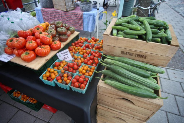 Un marché réunissant plusieurs producteurs se tient au... (Photo fournie par le Marché des Éclusiers)