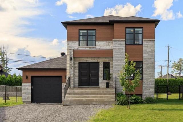 La résidence a été construite en 2012 et... (PHOTO FOURNIE PAR CENTRIS)
