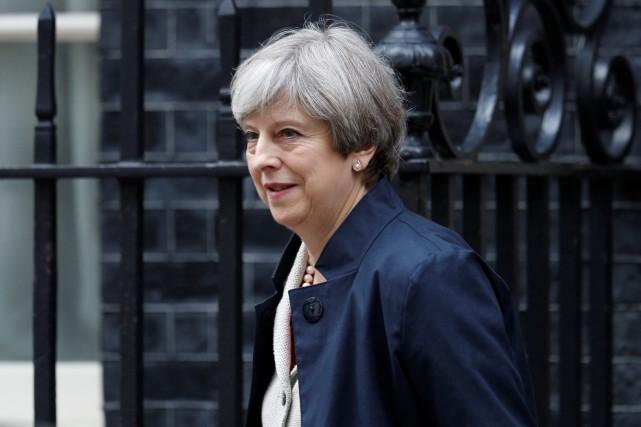 Le Parti conservateur de Theresa May ne dispose... (PHOTO REUTERS)