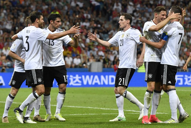L'Allemagne a battu facilement le Mexique 4-1 en... (Photo Martin Meissner, AP)