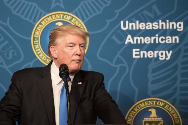 Donald Trump a livré un discours au département... (PHOTO AFP)