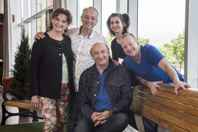 Les acteurs de la pièce, Pierrette Robitaille, Marcel... (Spectre Média, Frédéric Côté)