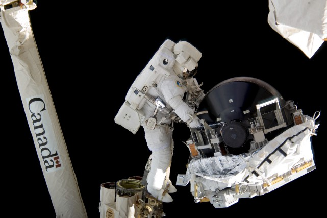 Dérivé d'un équipement utilisé pour manipuler le combustible... (Photo Agence spatiale canadienne)