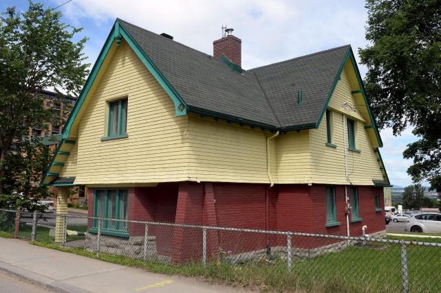Le cottage Ross, cette maison centenaire de style... (Photothèque Le Soleil, Erick Labbé)