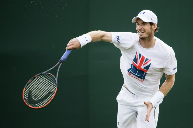 Andy Murray entreprendra le tournoi contre Alexander Bublik, repêché... (Photo Peter Klaunzer, AP)
