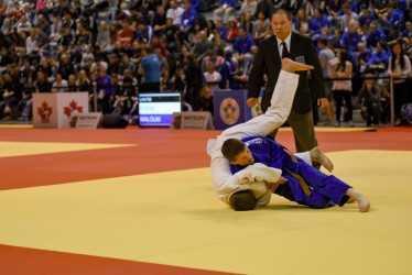 Arno Blackière (en bleu), lors de l'un de... (Photo courtoisie)