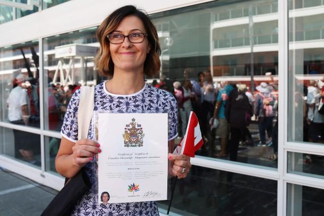 Recherche une femme canadienne