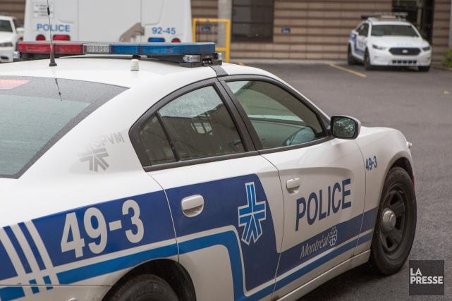 Les 4000 policiers du SPVM ont commencé hier à connaître les détails et à se... (PHOTO SIMON GIROUX, archives LA PRESSE)