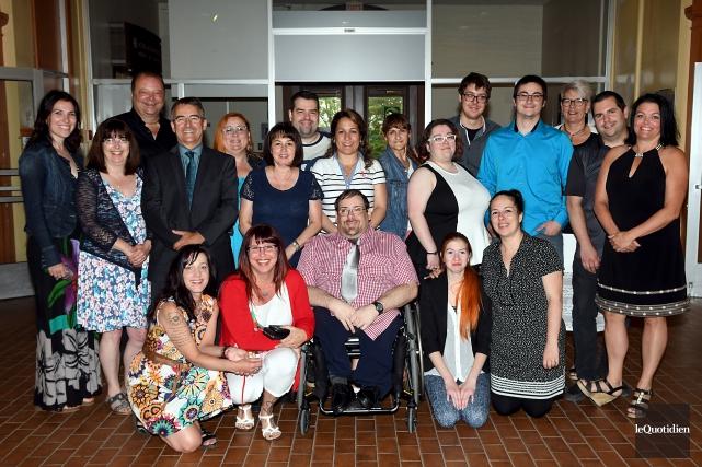 Six professeurs ont accompagné les élèves tout au... (Photo Le Quotidien, Rocket Lavoie)