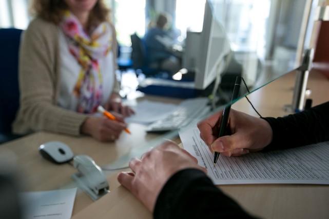 Le taux de chômage dans la zone euro... (Bloomberg)