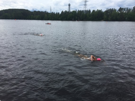 Près de 150 nageurs se sont attaqués à... (Photo: Louis-Philippe Carbonneau)