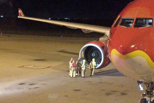L'avion, qui transportait 345 passagers et 14 membres... (Photo AFP)