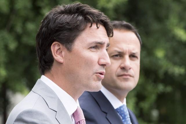 Justin Trudeau (à gauche) et Leo Varadkar.... (Photo Ryan Remiorz, La Presse canadienne)