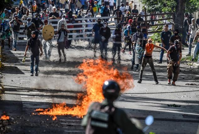 Le Venezuela est secoué depuis trois mois par... (AFP, Juan Barreto)