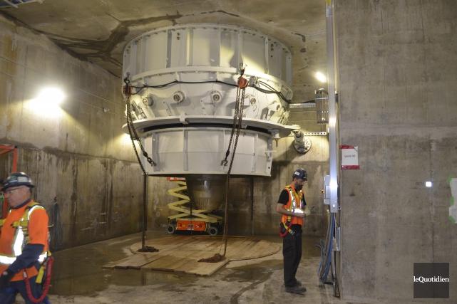 Il y a deux turbines de ce genre... (Photo Le Quotidien, Louis Potvin)