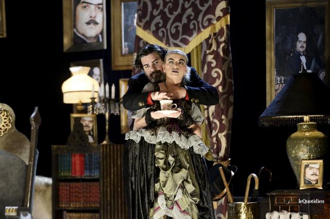 La pièce Le système Ribadier met en scène... (Photo Le Quotidien, Jeannot Lévesque)