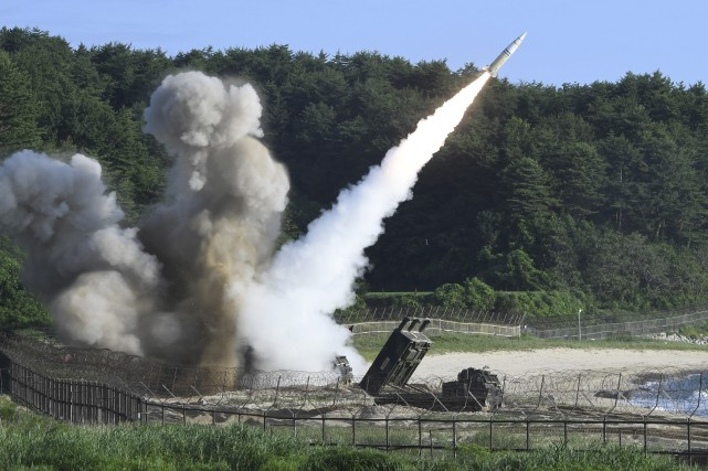 Moins de 24 heures après l'essai de Pyongyang,... (AP)