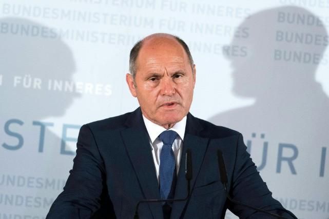 Le ministre de l'Intérieur autrichien Wolfgang Sobotka a... (PHOTO AFP)