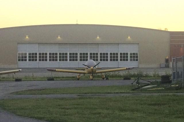 De nouveaux hangars seraient construits à l'aéroport de... (Etienne Ranger, Le Droit)