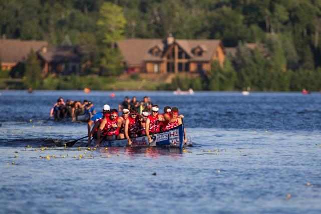 L'équipe canadienne senior hommes de canoë de vitesse... (Olivier Croteau)