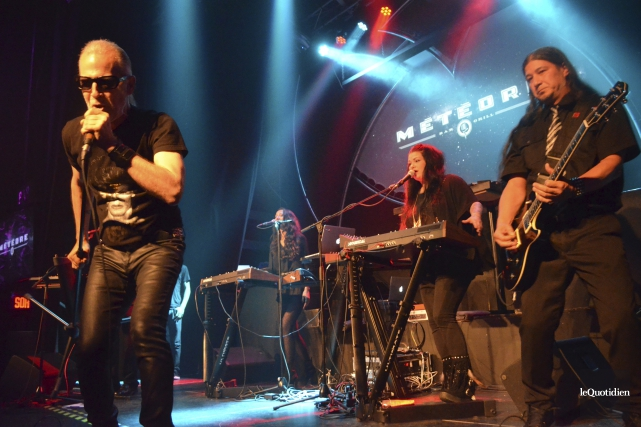 Men Without Hats a fait bouger les spectateurs... (Photo Le Quotidien, Louis Potvin)