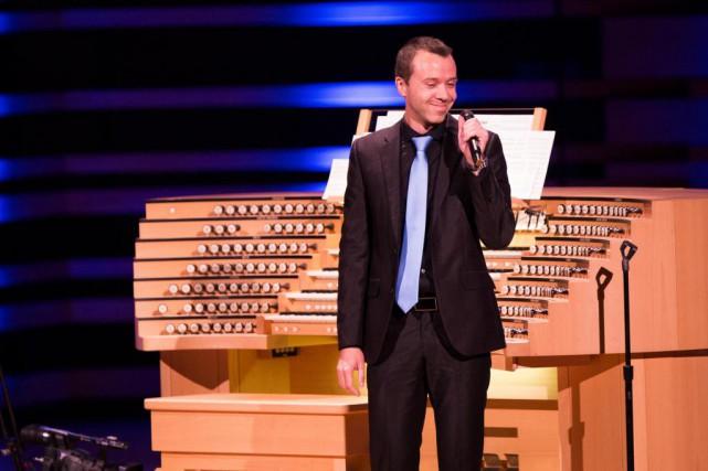«Jean-Willy Kunz se montre capable d'improviser et d'insuffler... (PHOTO OLIVIER PONTBRIAND, LA PRESSE)