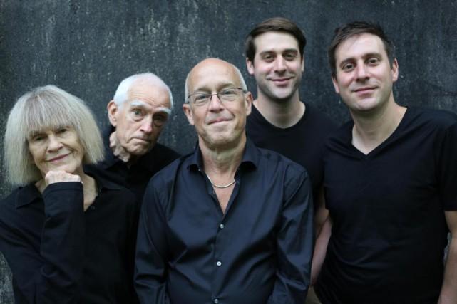 Carla Bley, Steve Swallow,Dave Douglas,Chet Doxas etJim Doxas... (Photo fournie par le festival de jazz)