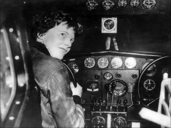 L'aviatrice Amelia Earhartest disparue dans le Pacifiquele 2... (AFP)