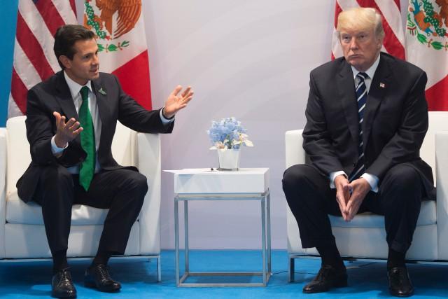 Donald Trump a rencontré le président mexicain Enrique... (PHOTO SAUL LOEB, AFP)