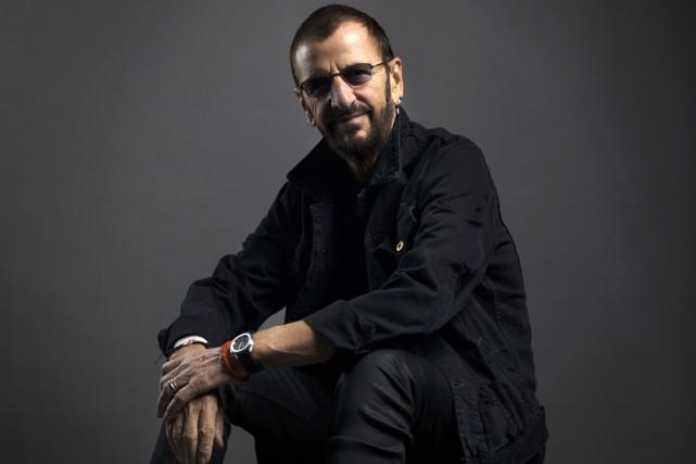 Ringo Starr a fêté ses 77 ans vendredi avec une chanson appelant à plus d'amour... (PHOTO ARCHIVES AP)