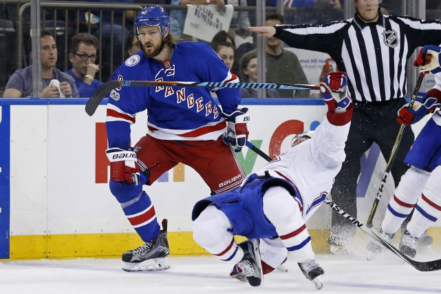 Reconnu pourn son style robuste, le défenseur Kevin... (Photo Adam Hunger, USA TODAY Sports)