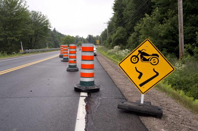 La route 349 à Saint-Paulin est partiellement fermée... (Sylvain Mayer)