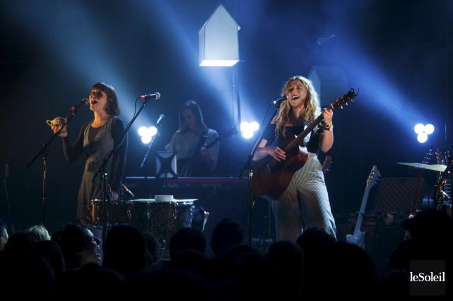 Le public enthousiaste a fredonné toutes les chansons... (Le Soleil, Caroline Grégoire)