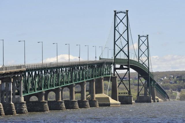 Le ministère des Transports du Québec veut analyser... (Photothèque Le Soleil)