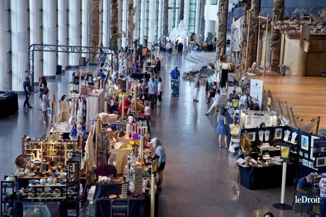 Le salon artisanat au Musée canadien de l'histoire... (Martin Roy, Le Droit)